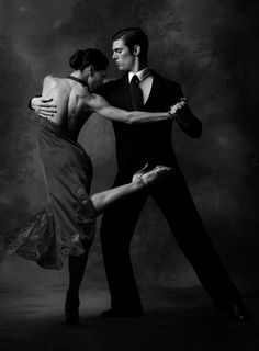 I want to learn how to do this! You're never too old to learn how to Argentine Tango!