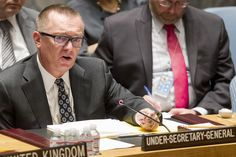 United Nations political affairs chief Jeffrey Feltman reads a letter to the U.N. Security Council at U.N. Headquarters in New York August 28, 2014.