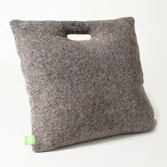 LeCoussin - Reine Mère Cosy Interior, All The Small Things, Textiles, Couple Gifts, Textile Design, Home Improvement, Reusable Tote Bags, Wool, Boutique