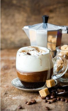 The Most Satisfying Cappuccino Latte Art - Coffee Brilliant Coffee Latte, I Love Coffee, Coffee Break, Coffee Time, Morning Coffee, Coffee Drinks, Coffee Cups, Café Chocolate, Pause Café