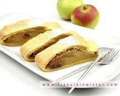 Mürbteig-Apfelstrudel  #apfelstrudel #mürbteig #selberbacken #apples #hausgemacht #diy Hot Dog Buns, Hot Dogs, Peach, Bread, Fruit, Babys, Food, Soap, Apple Strudel