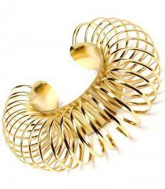 Massive Oversized Chunky Circle Bracelet Gold #Statementjewelry #Fashion @modtoast