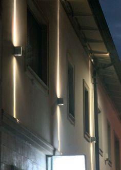 Iluminación tecnica para exterior con luz led, modelo Slim pared (Espacio Aretha agente exclusivo para España).