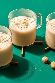 Cooking Light Vegan Eggnog - Cashew milk is one of the thickest nut milks, with a mild flavor that makes it ideal as a plant-based swap in this classic sipper. Eggnog Pound Cake Recipe, Eggnog Recipe, Spiced Eggnog, Eggnog Fudge, Fudge Recipes, Vegan Recipes, Cooking Light Recipes, Christmas Cooking, Christmas Foods