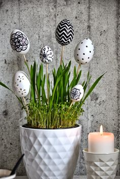 45 Next-Level Easter Eggs Decoration Ideas and Projects - Hercottage Egg Crafts, Easter Crafts, Diy And Crafts, Easter Decor, Ball Decorations, Decoration Table, Decoration Restaurant, Easter Table, Easter Eggs