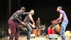 Il bikutsi è una danza tipica dell'Africa Centrale. Oltre a generare euforia e energia positiva, permette al ballerino di svolgere un vero e proprio esercizio sportivo. Ascoltate il Bikutsi e danzate!