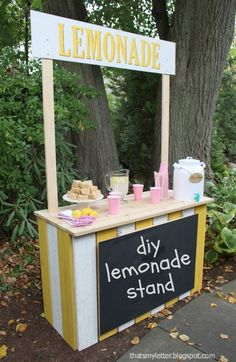 """That's My Letter: """"L"""" is for Lemonade Stand, diy classic lemonade stand"""