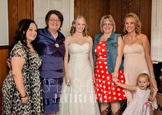 The bride and her mom, sister and niece on the right. And her new mother-in-law and sister-in-law on the left. #splashdropphotography