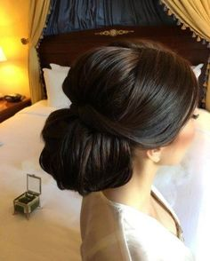 Classy Wedding Hairstyle Ideas For Long Hair Women 18 #WomenHairstyles #weddinghairstyles