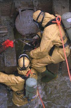 Hazmat Suit, Diving Suit, Nuclear War, Working Man, Rain Wear, Firefighter, Combat Boots, Chernobyl, Suits