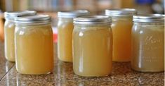 Pain Remedies with Gelatin — Step To Health — Natural therapies Here's a natural remedy that will help you relieve joint pain in up to a week.Here's a natural remedy that will help you relieve joint pain in up to a week. Natural Home Remedies, Herbal Remedies, Health Remedies, Arthritis Remedies, Arthritis Hands, Leg Pain, Natural Medicine, Healthy Tips, Healthy Detox