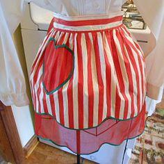 (¯`'•.ೋRED REVERSIBLE Valentines APRON Polished Cotton by AzaleaTrail, $14.95