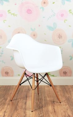 Floral Couture backdrop with Eames inspired chair - perfect for your next Children's Photo Session! Kristen Buccini Photography, Palm Coast, Florida
