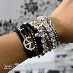 Mais alguém ai apaixonada por mix de pulseiras??? Nós amamos!!! Vem compor seu mix e dar aquele toque especial na produção #Novidades #Pulseirismo