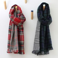 Reversible Tartan And Dogtooth Blanket Scarf