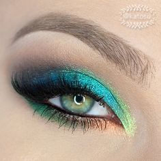 How gorgeous is this?!? #eyes #makeup
