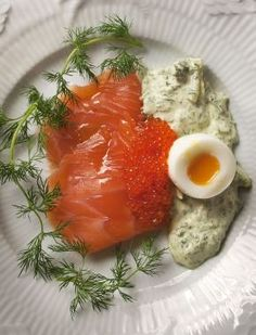 Salmon in herb cream and soft egg