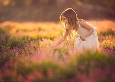 Peaceful - Children Photography by Lisa Holloway  <3 <3
