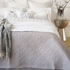 BASIC GREY QUILT - Quilts - Bedroom | Zara Home Suomi / Finland