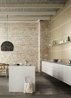 Küche Weiß, Weiße Küche, Schlicht, Küche Loft, Loft Wohnung, Mauer,