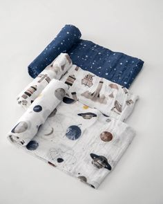 Cotton Muslin Swaddle Blanket Set - Ground Control Little Unicorn Muslin Swaddle Blankets are made from lightweight and breathable cotton muslin fabric. Muslin Swaddle Blanket, Muslin Blankets, Baby Boy Blankets, Minky Blanket, Swaddling Blankets, Carters Baby Blanket, Trendy Baby, Baby Boys, Space Themed Nursery