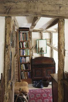 English Country Decor, French Country Bedrooms, Country Interior, French Country Decorating, Country French, Country Style, English Cottage Interiors, Rustic Interiors, English Cottage Bedrooms