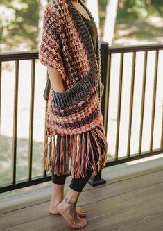 Crochet Shawl Free, Crochet Wrap Pattern, Crochet Scarves, Crochet Clothes, Free Crochet Scarf Patterns, Crochet Shawls And Wraps, Crochet Towel Holders, Crochet Towel Topper, Loops And Threads Yarn