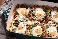 http://umbigomagazine.com/um/2014-03-03/ovos-no-forno-com-espinafres-e-cogumelos.html