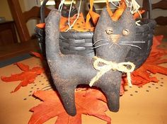 Sweet Primitive Halloween Decoration - Black Cats & Prim Stars in Painted Basket | eBay