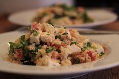 Salada de Couscous com Tomate, Feta e Coentros