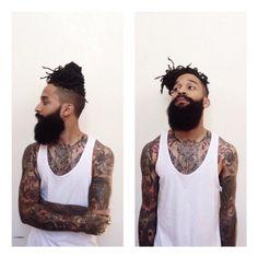 Estilo na rede :Stephen Harrison Dreads Styles, Dreadlock Hairstyles, Cool Hairstyles, Braided Hairstyles, Beard Styles For Men, Hair And Beard Styles, Beard Dreads, Pretty Dreads, Poses Modelo