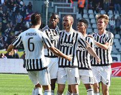 Ai campioni d'Italia il derby della Mole, primato consolidato per Allegri  (ANSA)