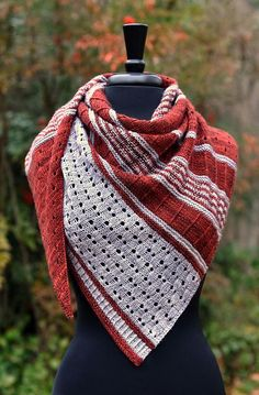 Ravelry: Usonian pattern by Dee O'Keefe BOGO SALE! All of my individual lace patterns are on sale BUY 1 GET 1 FREE. No coupons are necessary, just add 2 or more patterns to the cart and you'll get one free for every one that you buy. Crochet Shawl Free, Knit Or Crochet, Knitted Shawls, Crochet Scarves, Shawl Patterns, Lace Patterns, Knitting Patterns, Stitch Patterns, Easy Knitting