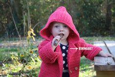 Peuter vestje in madeliefsteek gehaakt in maat 86. - rinimaakt Baby Vest, Crochet Designs, Winter Hats, Crochet Hats, Van, Entertainment, Fashion, Bebe, Knitting Hats