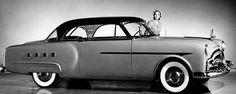 La Packard 200, 250 et 300, photo d'époque, cette voiture ancienne fut fabriquée de 1951 à 1952.