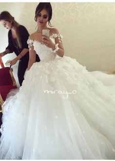 3D wedding dress