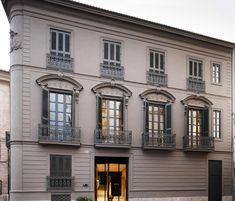 Valencia tiene edificios bonitos y bellos, de diferentes estilos de arquitectura. Hoy nos adentramos en nuestra particularlistade edificios más bonitos.