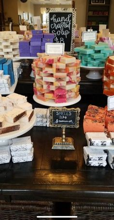 Soap has been around for centuries. Earliest evidence of soap comes from Babylonia, when they found clay cylinders containing a substance similar to soap in 2800 BC. Soap Making Kits, Soap Making Supplies, Soap Booth, Kosmetik Shop, Farmers Market Display, Melt And Pour, Coconut Soap, Homemade Scrub, Soap Display