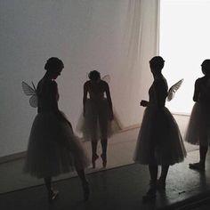 I - am ballet: Photo Grands Ballets Canadiens, Fleur Delacour, Monique Lhuillier, Faeries, Steven Universe, Ethereal, Fairy Tales, Art Photography, Poses
