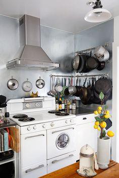 lisa solomon vintage kitchen / sfgirlbybay