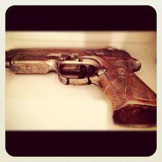 "@desautomatas ""Chocolate Gun"" Instagram Photo Contest, Instagram Posts, Pistols, Chocolate, Las Vegas, Gun, Sleep, Guns, Last Vegas"
