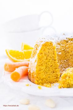 Orangen-Karottenkuchen angeschnitten