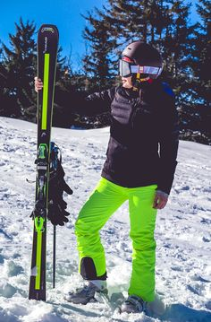 WEEKEND GETAWAY: SNOW GLOW | DARIADARIA Weekend Getaways, Joyful, My Dream, Gears, Skiing, Glow, Suit, Superhero, Friends
