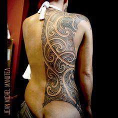 Specialiste des cultures du pacifiques: Marquisien, maori,Samoa, hawaiian, haida ect...