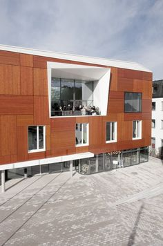 Bad Aibling City Hall / Behnisch Architekten