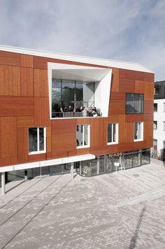 Bad Aibling City Hall / Behnisch Architekten