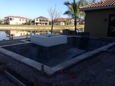 Setting the coping tile