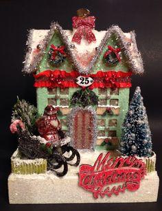 GLITTER House~VINTAGE Christmas~Lighted House~CHRISTMAS Village~Putz…