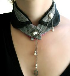 Collar / Necklace in black magenta plaid collar satin and dogtooth check fabric Mode Steampunk, Steampunk Fashion, Textile Jewelry, Fabric Jewelry, Collar And Cuff, Collar Necklace, Gold Collar, Diy Necklace, Fabric Necklace