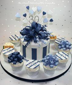Giant Loopy Bow Celebration Cake